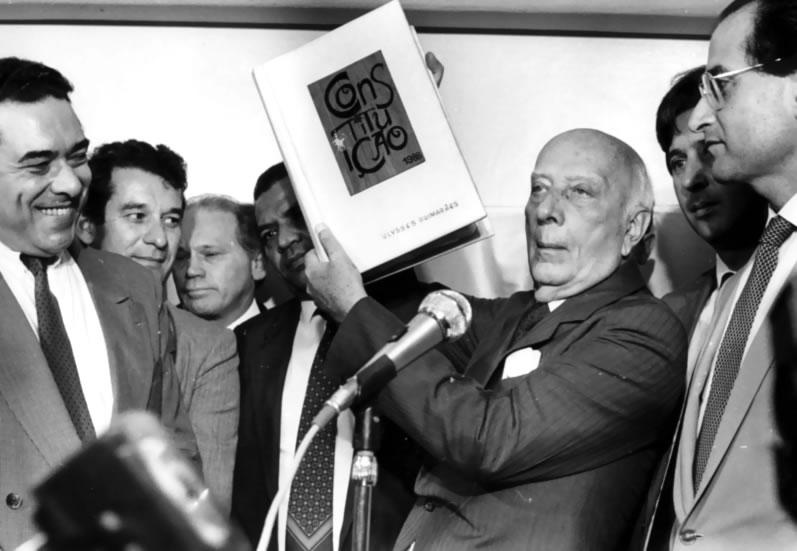 1988 – Promoção ativa do Ministério Público